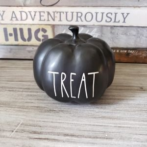 Rae Dunn Treat Black Pumpkin Small New